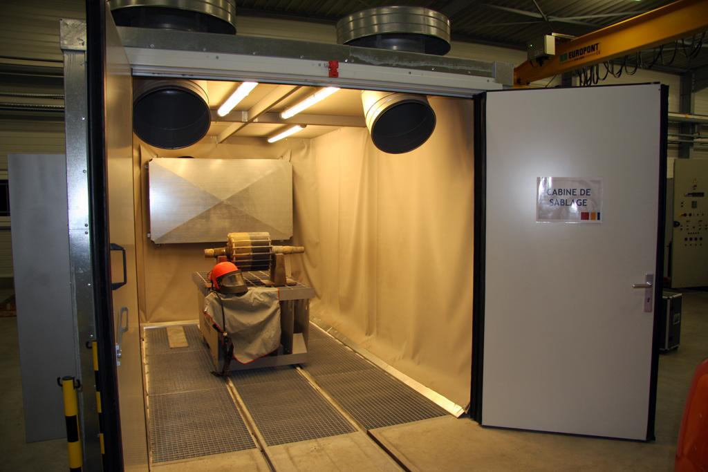 intérieur cabine de sablage